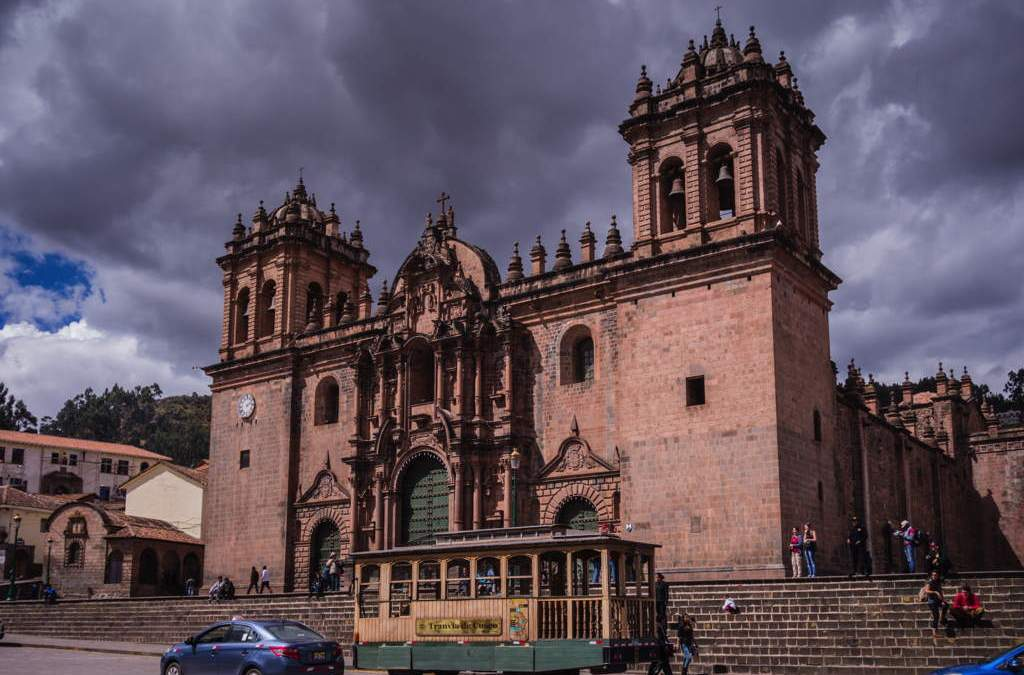 Crawling into Cusco